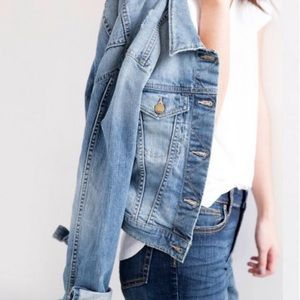 Vintage look gap jean jacket